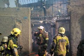 آتشسوزی یک واحد مسکونی/ پنج نفر مصدوم شدند