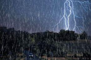 شروع بارشهای شدید باران و احتمال وقوع سیلاب در کشور