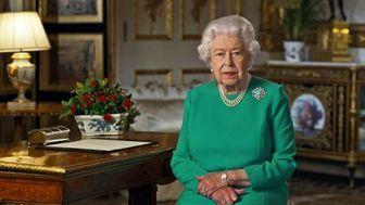 انگلیس علیه امارات/ ملکه دور حاکم دبی را خط کشید!
