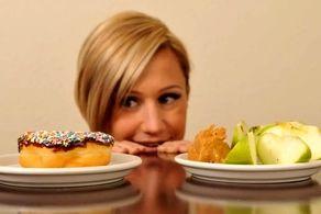 آیا باید غذا را قبل از خواب بخوریم یا بعدش؟