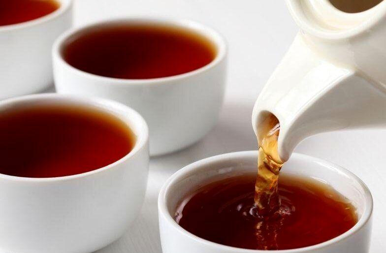 چرا باید در روزهای گرم تابستان چای بنوشیم؟