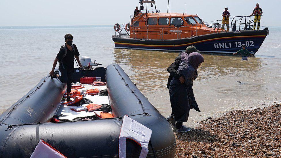 منحنی صعودی مهاجرت غیرقانونی به انگلیس از مسیرکانال مانش