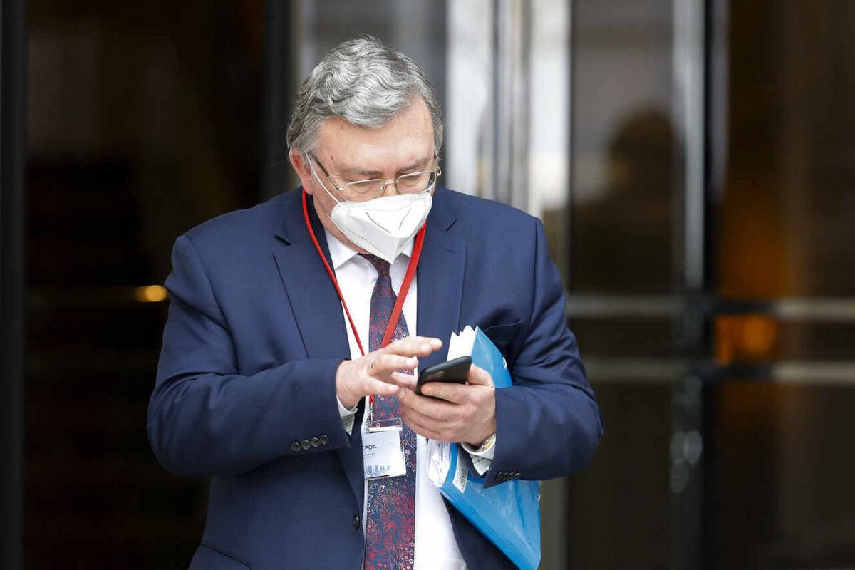 نماینده روسیه : نشست کمیسیون مشترک برجام به آخر شب موکول شد