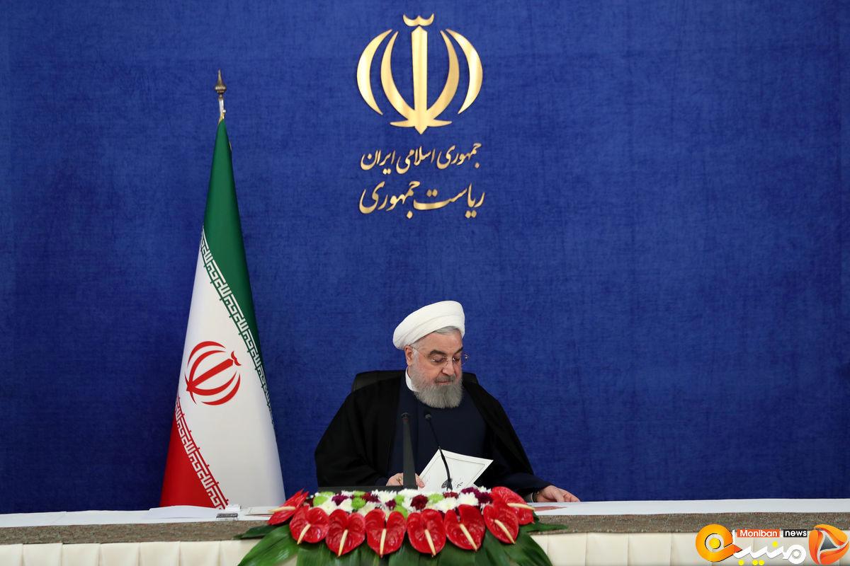 روحانی سکوتش را بازهم در توییتر شکست+ عکس