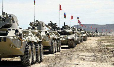 روسیه تجهیزات نظامی را راهی همسایه افغانستان کرد!