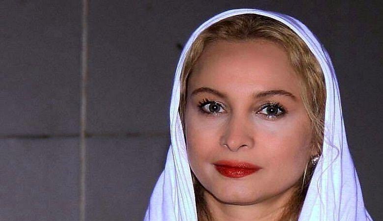 انتشار اولین تصویر از بازیگر معروف سینما بعد از طلاق جنجالی از همسر سیاستمدارش!+عکس