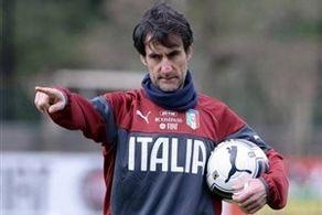 چه کسی اجازه حضور مربی ایتالیایی در استقلال را نمی دهد؟