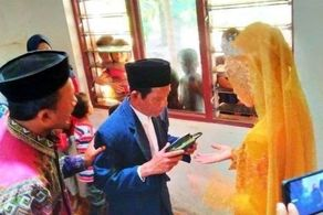 داماد و عروس جنجالی با اختلاف سنی وحشتناک! + عکس