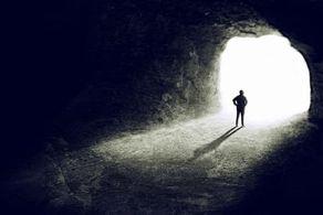 انسان زمان مرگ چه چیزی را میبینند؟